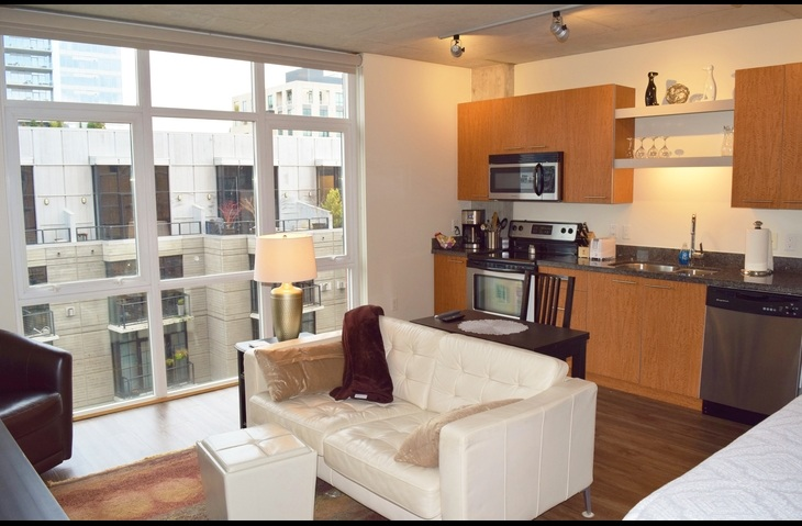 9th Floor Furnished Apartments in Portland Oregon